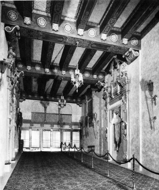 Outer lobby, VENETIAN Theatre, Racine, Wisconsin. The view looks west towards Main Street.