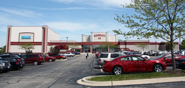 Randall 16 Theater, Batavia, IL
