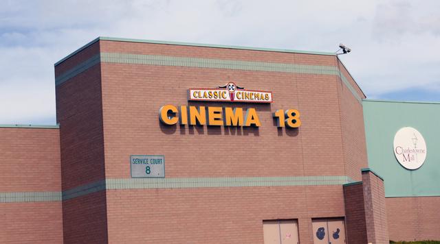 Charlestowne 18, St. Charles, IL