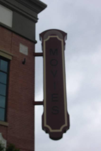 CineBistro at Peninsula Town Center