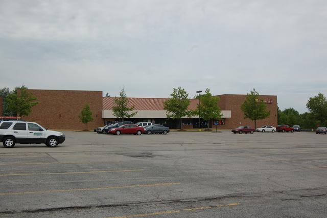 Keller Plaza 8
