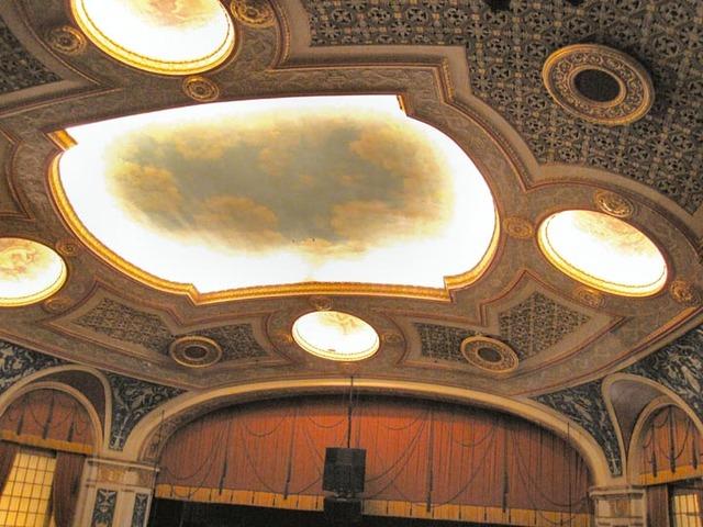 Allen Theatre, Celevaldn, OH - Auditorium Ceiling