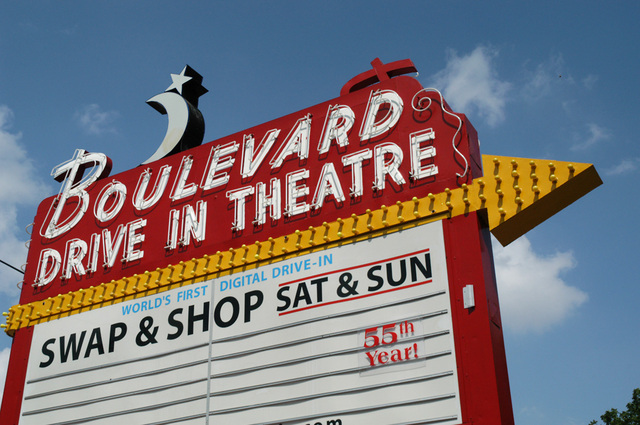 Boulevard Drive-In Marquee 2004