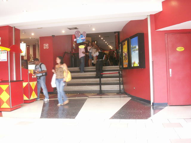 Cines Metrocenter 5