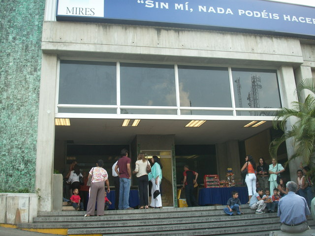 Cine Santa Sofia