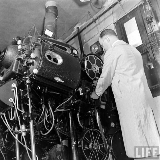 LIFE Magazine photo essay on the KENOSHA Theatre, 1938 (Bernard Hoffmann photo)
