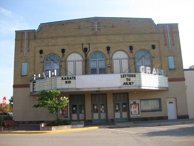 Crookston Grand Theatre