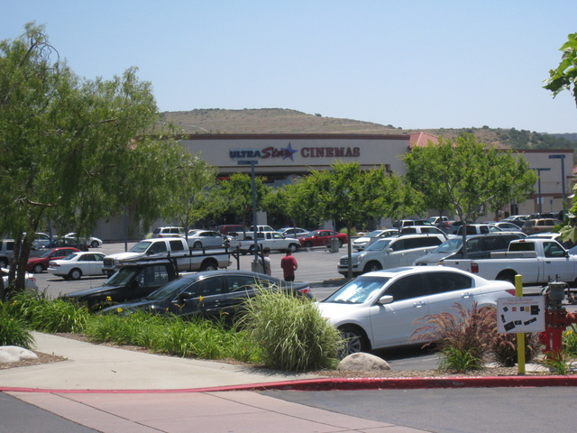 UltraStar Poway 10 Cinemas Far Shot