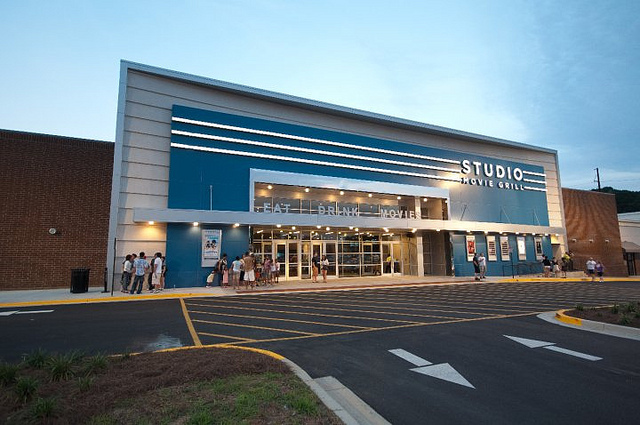 Studio Movie Grill Alpharetta