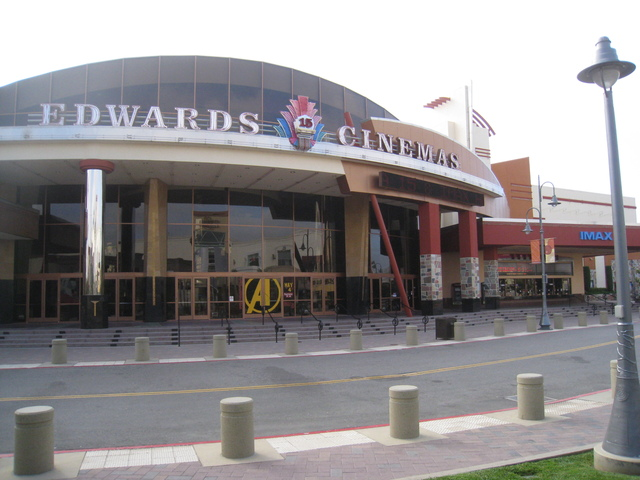 Edwards Temecula Stadium 15