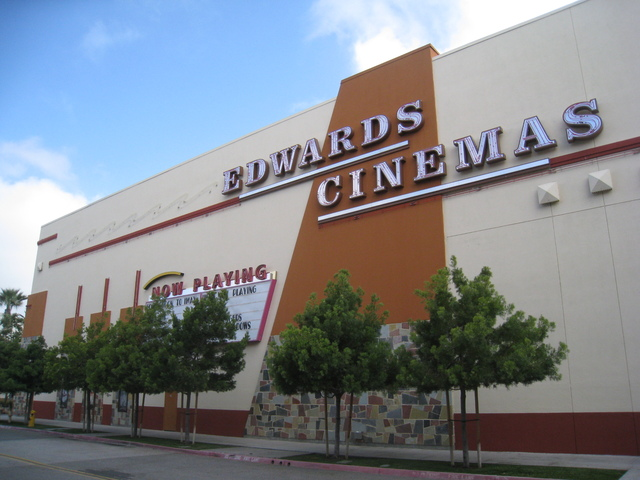 South West side of the Edwards Temecula Stadium 15 Theater