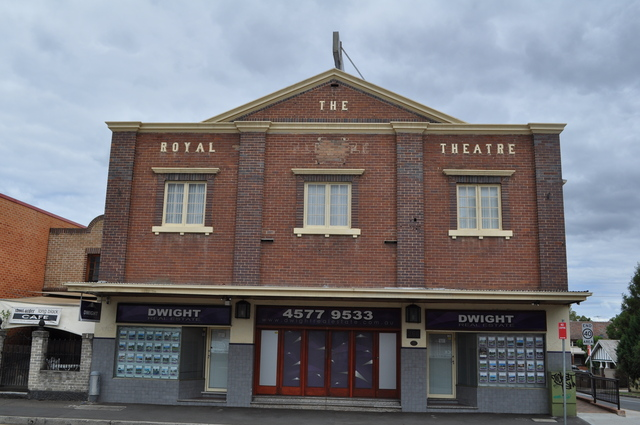 Royal Picture Theatre