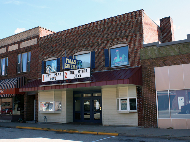 Falls Cinema, Black River Falls, WI