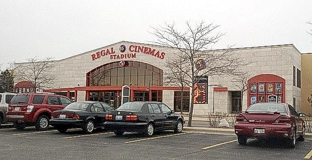 Regal Crystal Lake Showplace Stadium 16