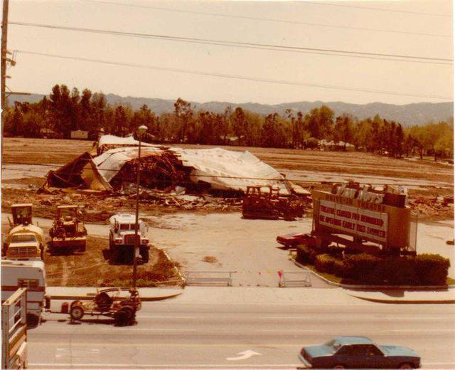 Demolition of the Van Nuys Drive-In Theatre