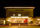 "[""Colonial Theatre, Bethlehem, NH 2010""]"