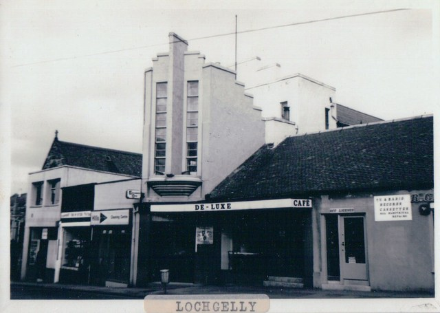 De Luxe, Bank Street, Lochgelly