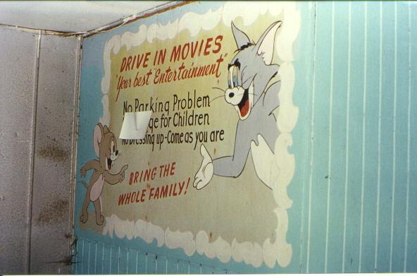 Tom and Jerry cartoon sign