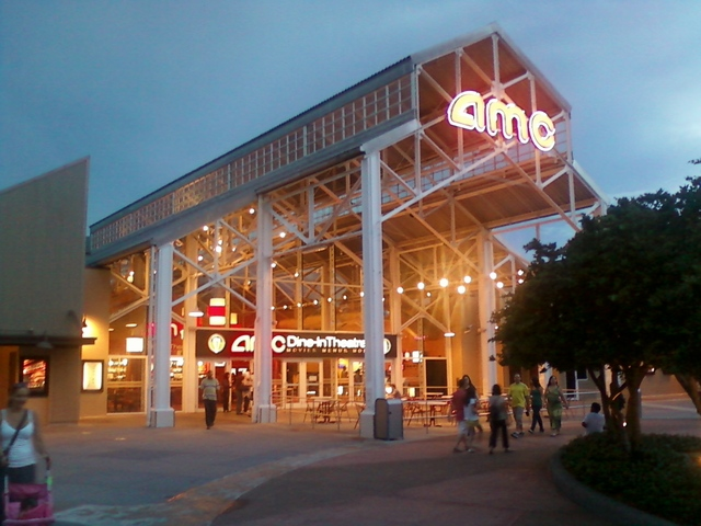 AMC Dine-In Theatres Entrance
