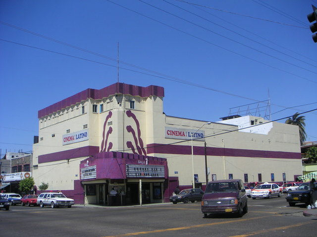 Cinemas Latino