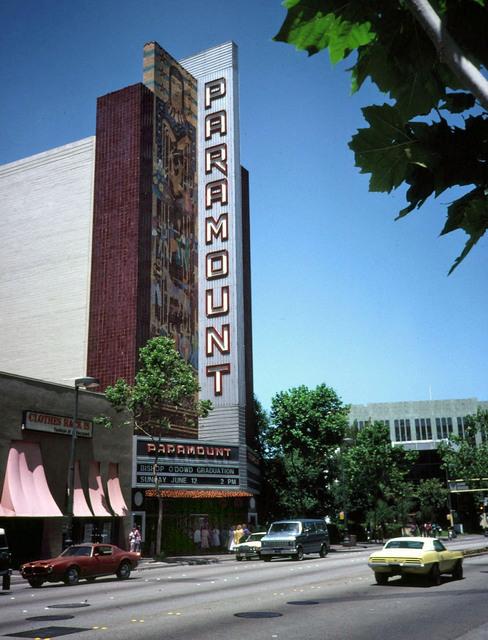 Paramount Oakland