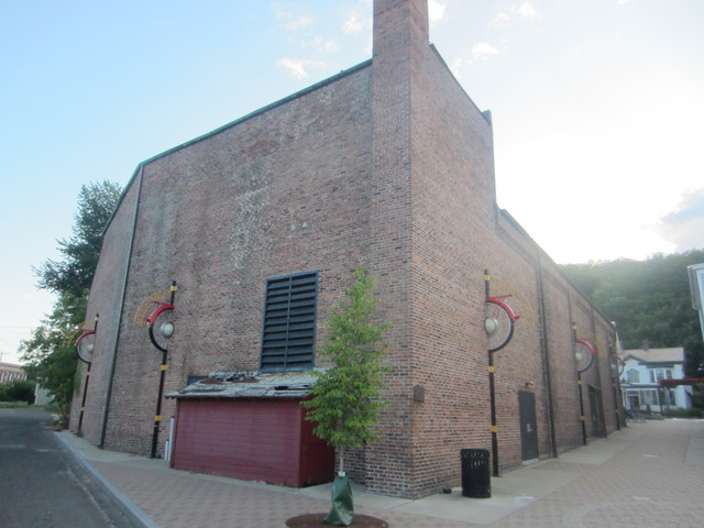 Adams Theatre/Topia Arts Ctr - Stagehouse