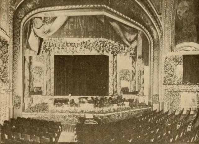 Broadway-Strand Theatre, Detroit, 1916