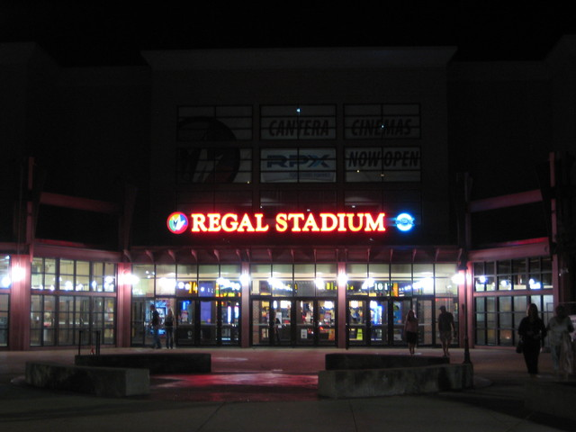 Regal Cantera Stadium 17 & RPX