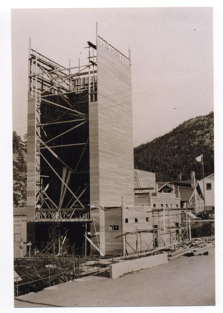 Park Theatre Tower being built in 1926