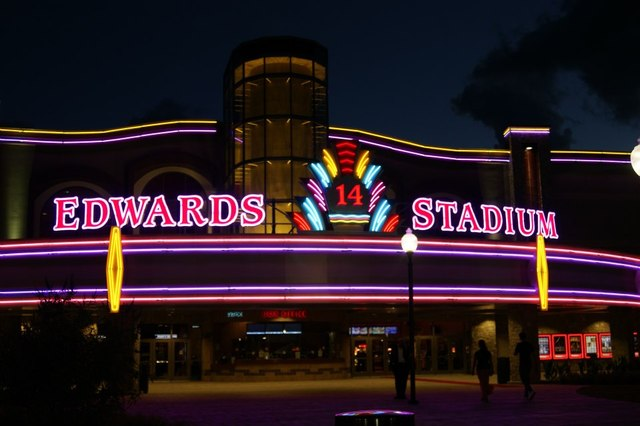 Eventful Movies is your source for up-to-date Edwards West Oaks Mall Stadium 14 & RPX showtimes, tickets and theater information. View the latest Edwards West Oaks Mall Stadium 14 & RPX movie times, box office information, and purchase tickets online.