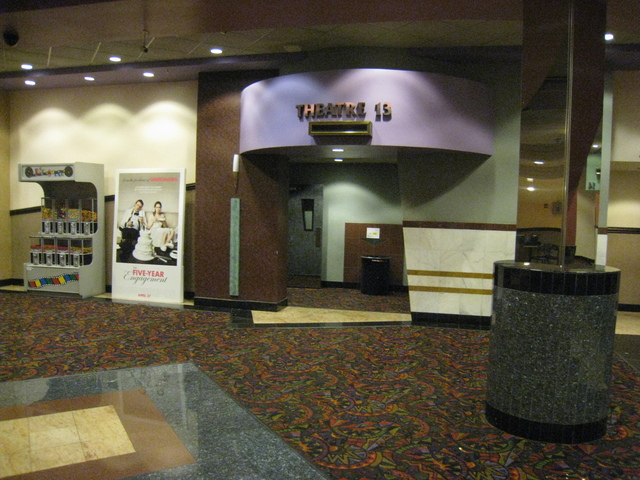 Theater 13