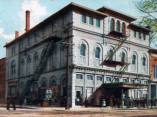 GENNETT Theatre, Richmond, Indiana
