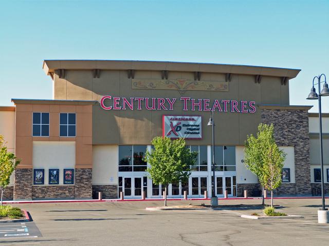 Century Blue Oaks 16