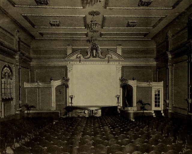 Auditorium, Swanson Theatre, Chicago, 1909