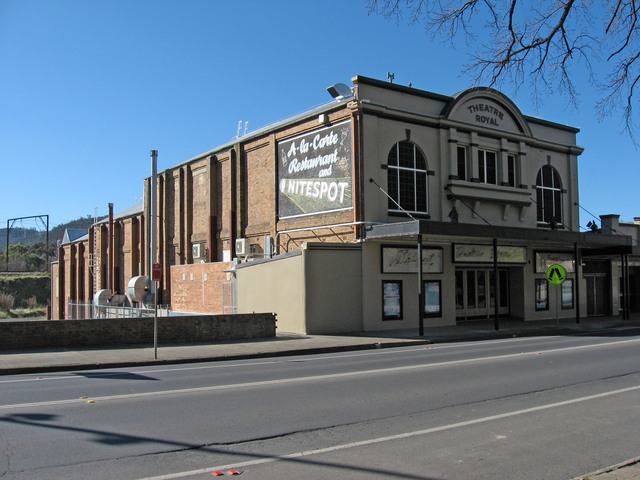 Theatre Royal - Lithgow - July 2009