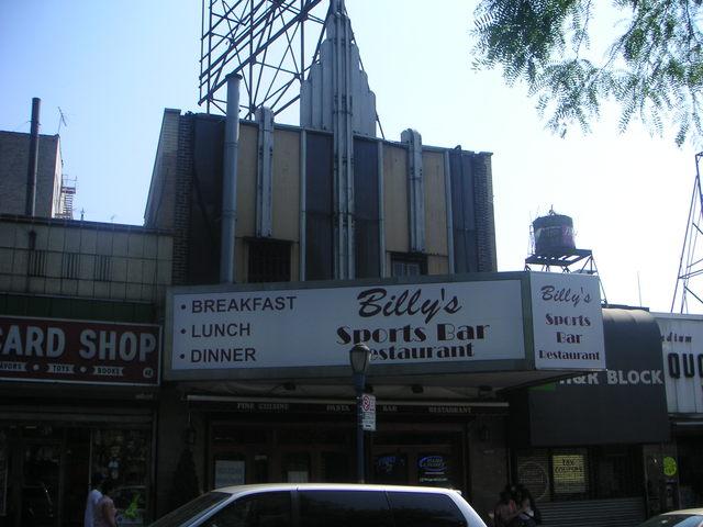 Earl Theatre