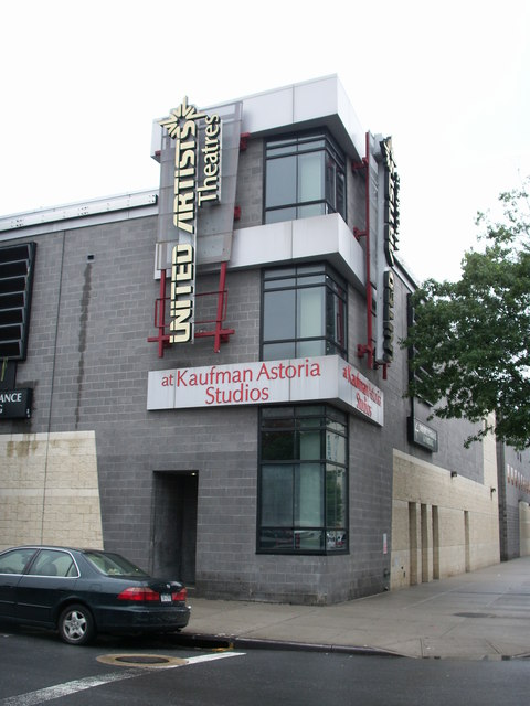 UA Kaufman Astoria Cinema 14