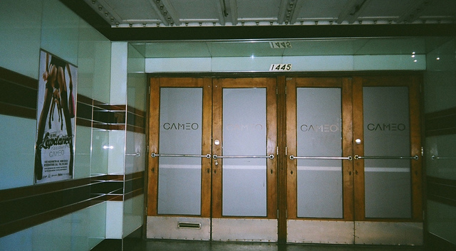Front Entrance Cameo Theatre