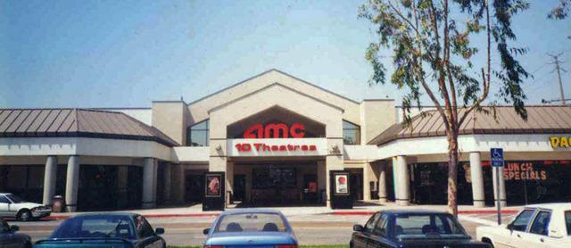 AMC Fullerton 10