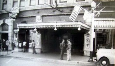 LYRIC Theatre; Portsmouth, Ohio (September, 1944).