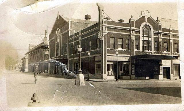 Kennedy Theater, 1920s