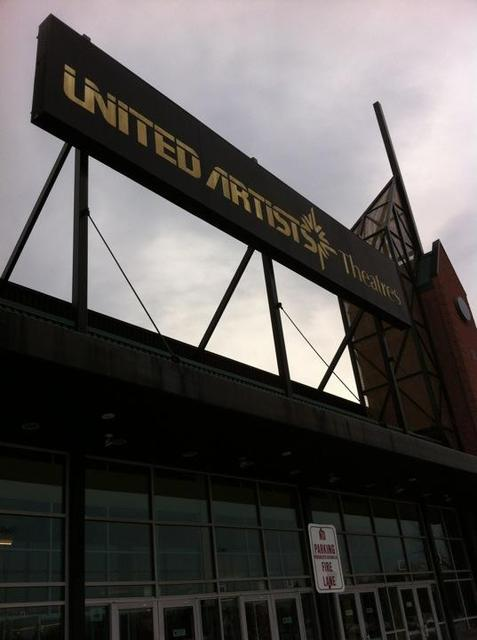 United Artists Washington Township 14