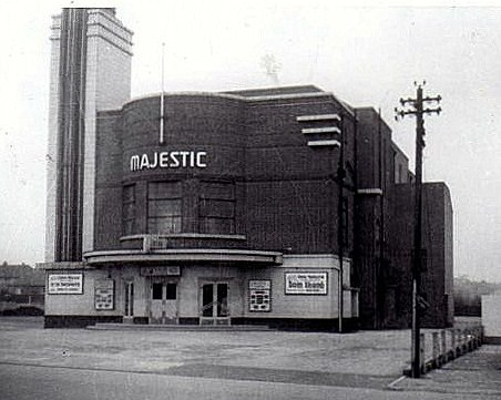 Majestic Super Cinema