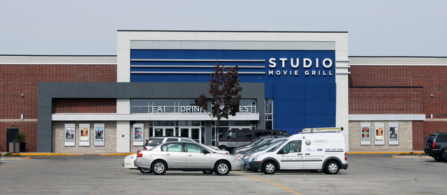 Studio Movie Grill, Wheaton, IL