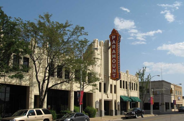 Amarillo is the cultural and business center of the Texas Panhandle. The town started out as a railroad town in the s, but has grown into a thriving city through several successful industries such as oil production, wheat farming, and cattle ranching.