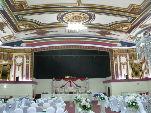 18 Oct 2012 Facing Stage