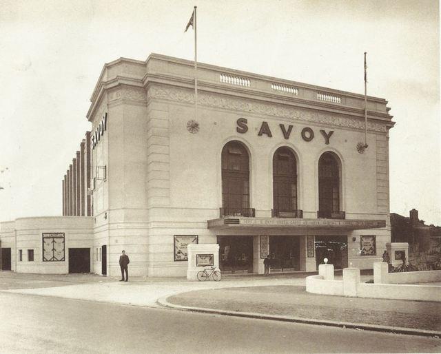 Savoy Gants Hill