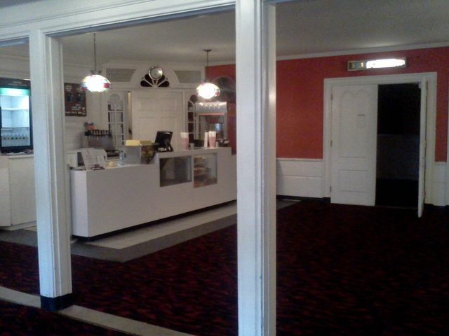 Cameo So. Weymouth / Concession Stand From Outer Lobby - Sept 2012