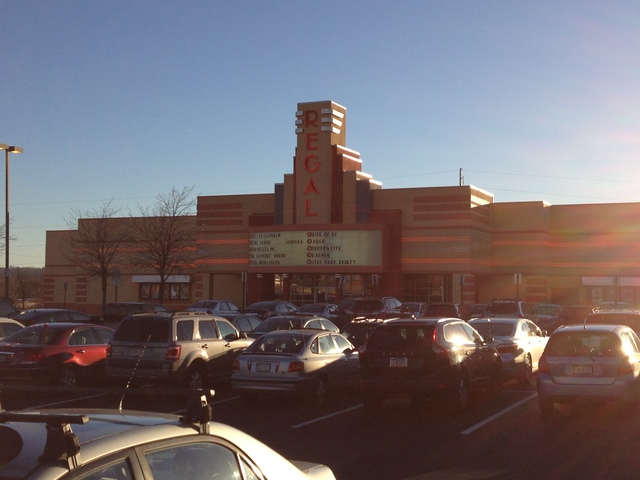 plymouth meeting movie theatre pa