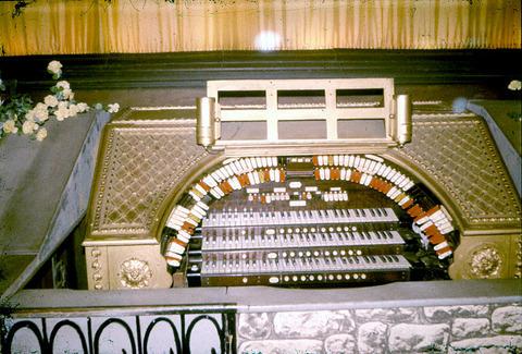 wurlitzer console